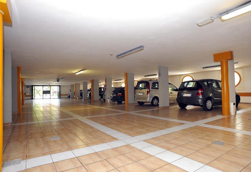 Garage interno custodito